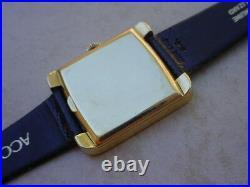 Beautiful, RARE Vintage 18K Gold Omega Constellation ref. 151030