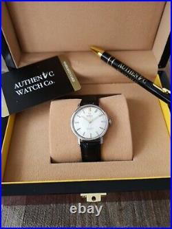 Men's Omega Seamaster Deville Automatic Vintage Wrist Watch Rare Linen Dial 1965