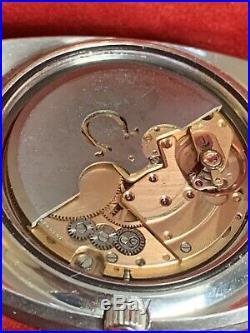 Omega Seamaster Vintage 1970 Rare Silver Sanded Dial Large 39mm Ref. 166.087