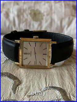 Omega Vintage Rare 18K Solid Gold Dress Men's In Beautiful Condition