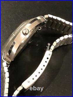 RARE! 1970s Vintage Omega Seamaster Chronometer Electronic F300Hz Blue Face Watch