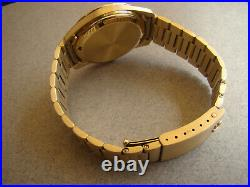 RARE 9k SOLID GOLD OMEGA ELECTRONIC F 300 BL 398.5001 BOX/PAPERS