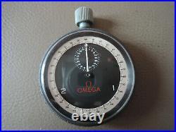 Rare chronomètre chronographe OMEGA 1/100 ème vintage chronograf OMEGA NASA