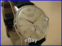 Ultra Rare Grand Omikron 1960's Vintage True Classic Mens Mechanical watch NOS
