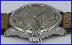 V. Rare Vintage stainless steel Omega cal. 30T2 original radium grey dial ref. 2383